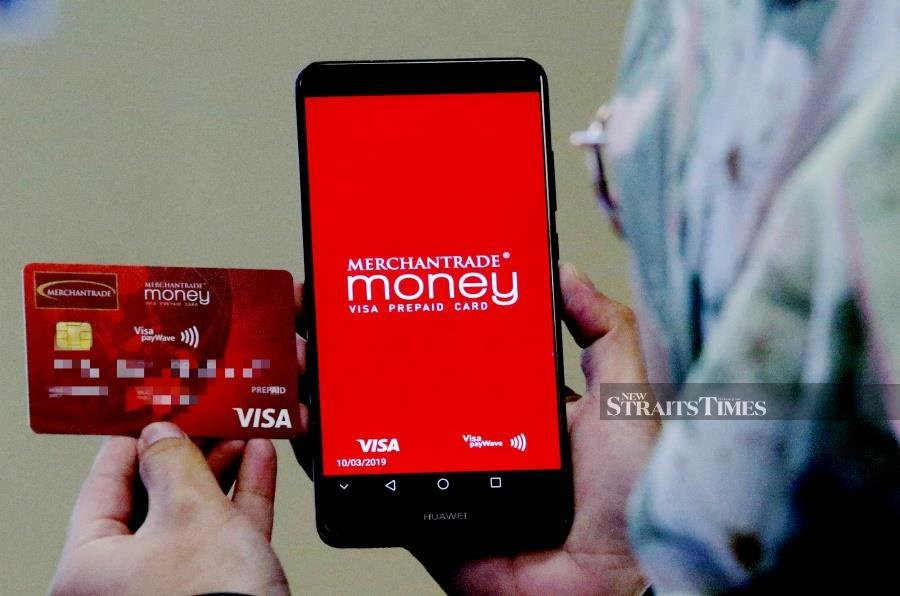 KUALA LUMPUR 10 MARCH 2019. Merchantrade multi-currency card provides e wallet multi-currency services. NSTP/ROSDAN WAHID