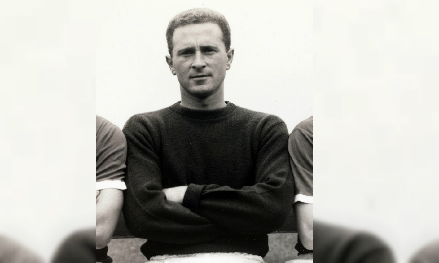 Manchester United legend Harry Gregg died at the age of 87. - Pic source: Facebook/manchesterunited