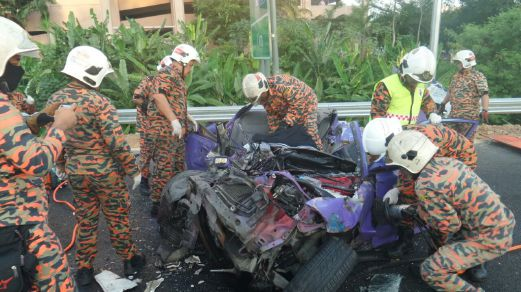 Three died, one injured in NKVE crash | New Straits Times ...