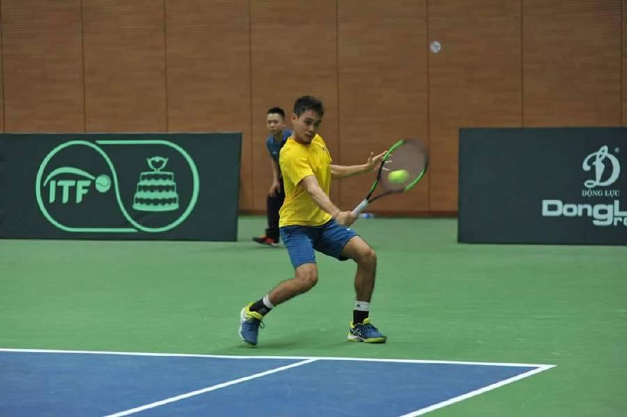 Ahmed Deedat Abdul Razak in action against Delton Kim in the Davis Cup Asia Oceania group III competition in Vietnam.