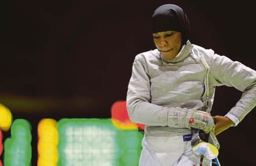 Muslim fencer pierces bigotry in Olympic firs