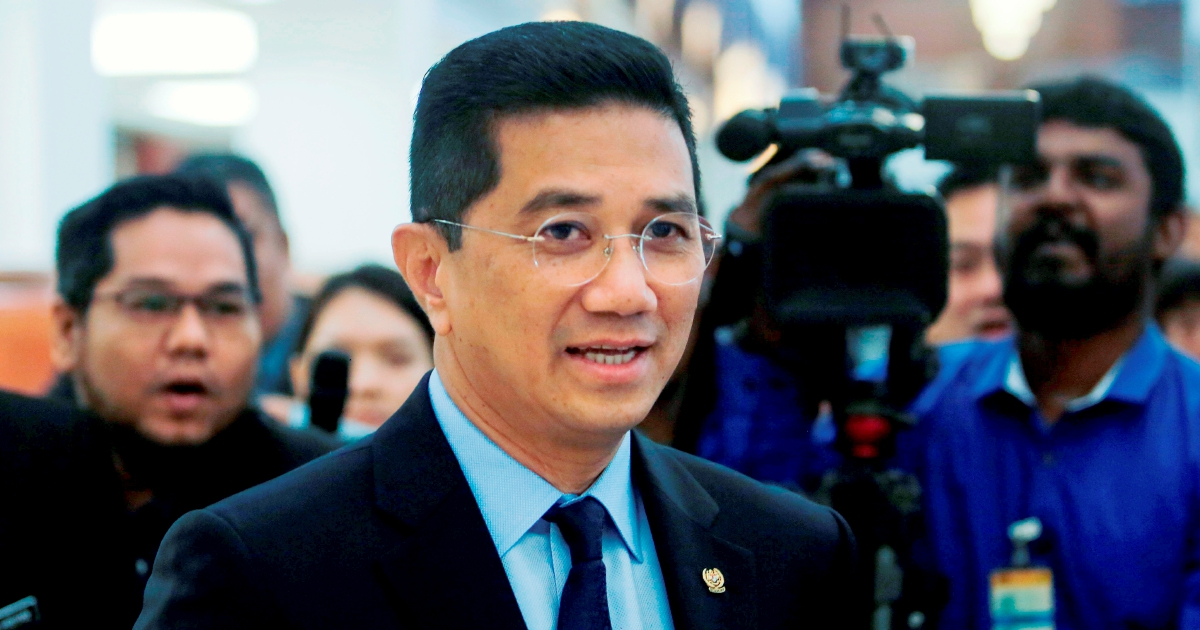 Syed Husin is jealous of Dr M, says Azmin