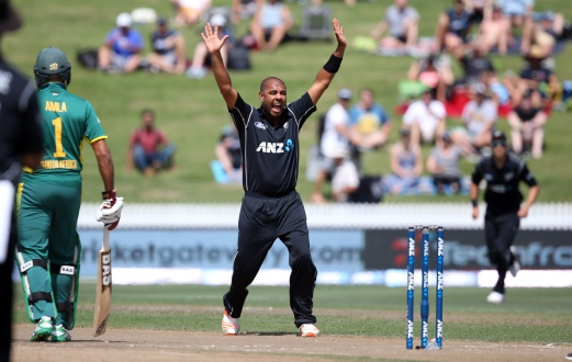 (File pix) Jeetan Patel of New Zealand celebrates the wicket of Quinton de Kock of South Africa during the One Day International cricket match between New Zealand and South Africa at Seddon Park in Hamilton on March 1, 2017. AFP Photo