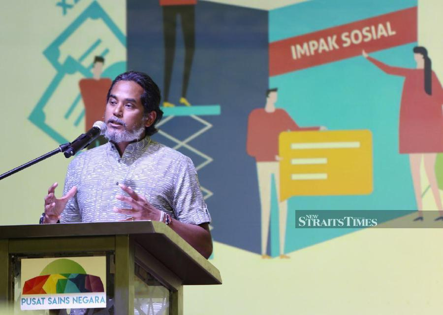 Khairy Jamaluddin recommended the relevant ministry to propose a heavier punishment towards those found guilty with polluting natural resources such as water. - NSTP/MOHAMAD SHAHRIL BADRI SAALI