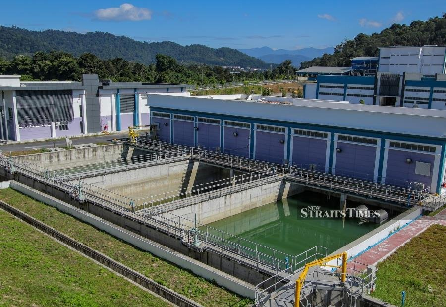 The first phase of the Langat 2 Water Treatment Plant (LRAL2) which is expected to be completed by the end of 2022 will benefit 350,000 accounts, involving 1.8 million users. NSTP/AIZUDDIN SAAD