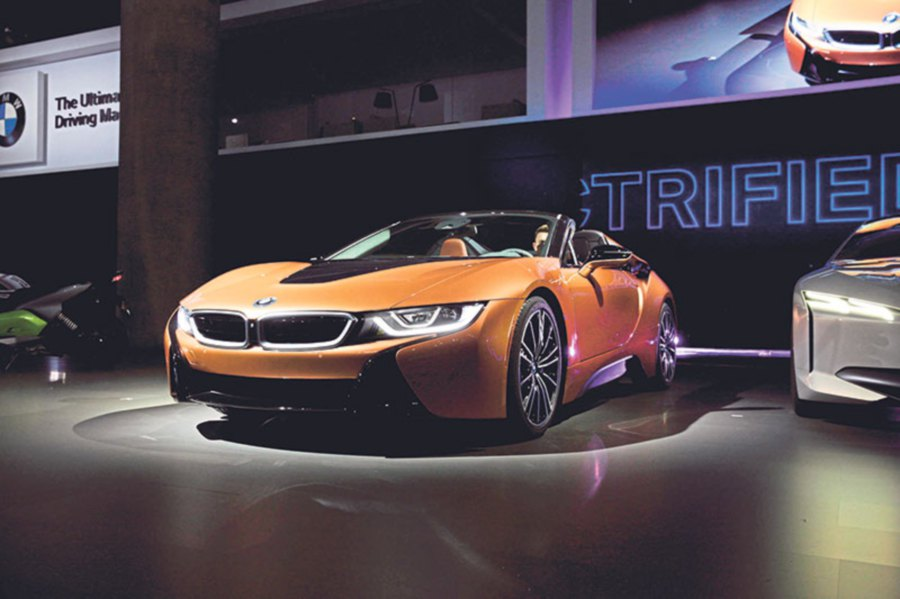 The Best Luxury Cars At The Los Angeles Auto Show New Straits - Luxury car show 2018
