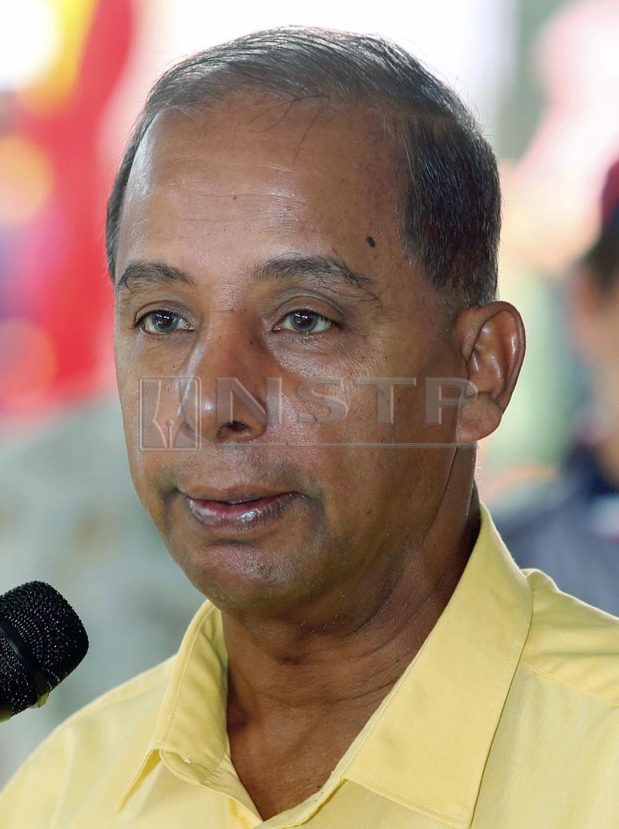 Human Resources Minister M. Kulasegaran says said the levy charges involving the extension of a foreign worker after 10 years would be paid by the employer. - NSTP/L. MANIMARAN