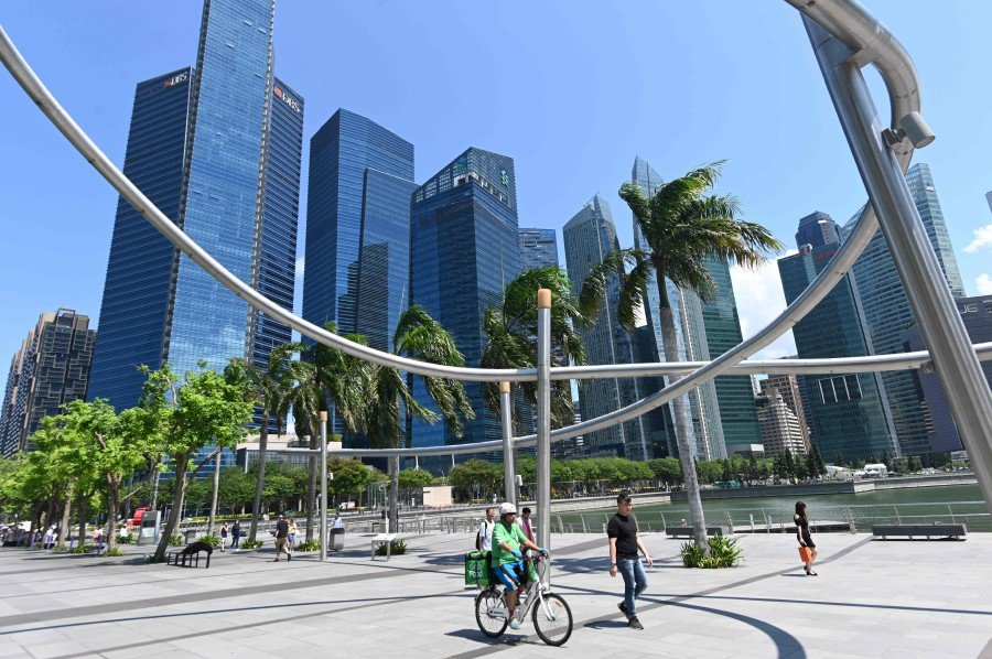 Singapore to raise retirement age to 65 years | New Straits