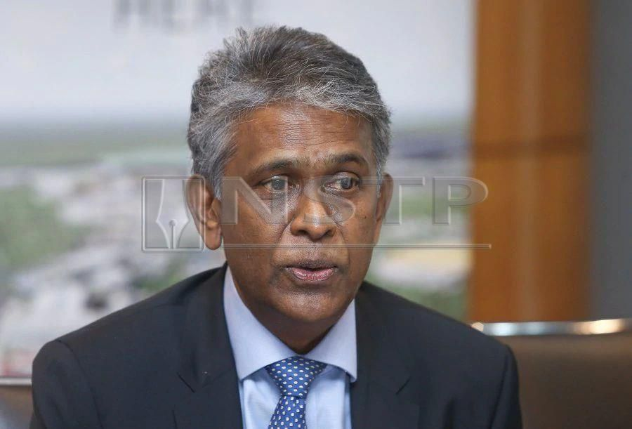 (File pix) Malaysian Investment Development Authority (MIDA) deputy chief executive officer, Datuk N. Rajendran said the medical device industry continued to be one of the high potential growth sectors under the 11th Malaysia Plan's Mid-Term Review.