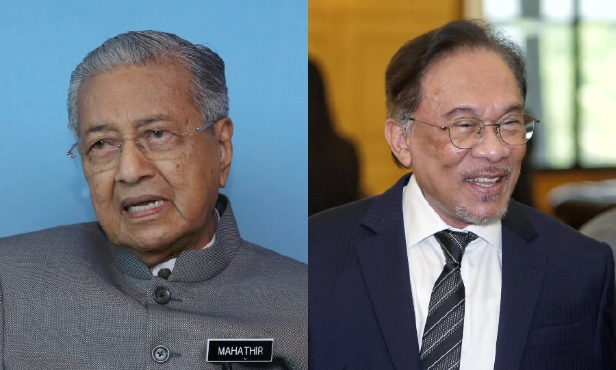 The issue of power transition between Tun Dr Mahathir Mohamad and Datuk Seri Anwar Ibrahim drew a mixed reaction from local political analysts. -NSTP/File pic