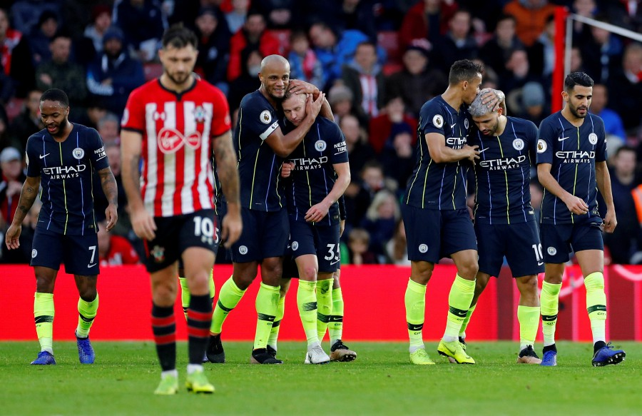81fa8e09d Title race not over even if Liverpool beat City, says Kompany | New ...