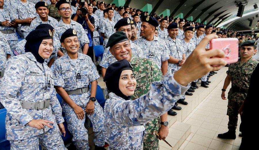 803 Students Register For Various Courses At National Defence University