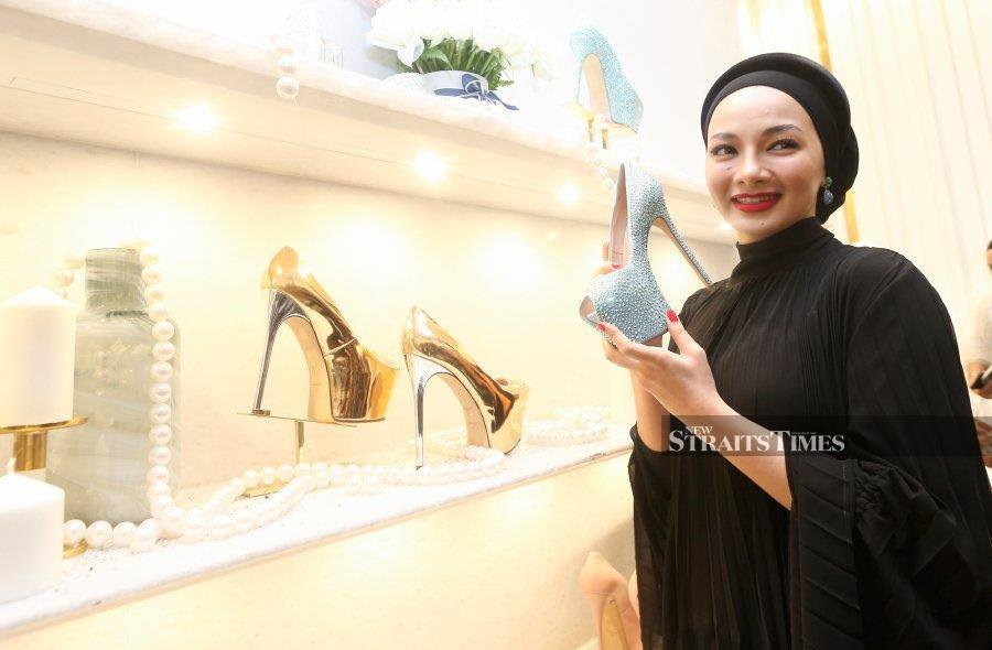 Neelofa reaches dazzling heights with