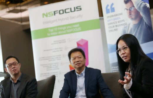 IPServerOne Solution's CEO, Lee Cheung Loong (left), senior vice president NSFOCUS, Attley Ng (centre) and executive director of CiB Net Station Sdn Bhd, Chua Wee Yee during Media Briefing of NSFOCUS Treat Intelligence Data Feed & Anti DDoS Systems launch in Malaysia. The increased connectivity, as Malaysia rapidly transforms into a truly digital economy, massively increases their vulnerability to cyber threats, specifically 'distributed denial of service' or DDoS attacks, according to NSFOCUS . Pix by Rosela Ismail