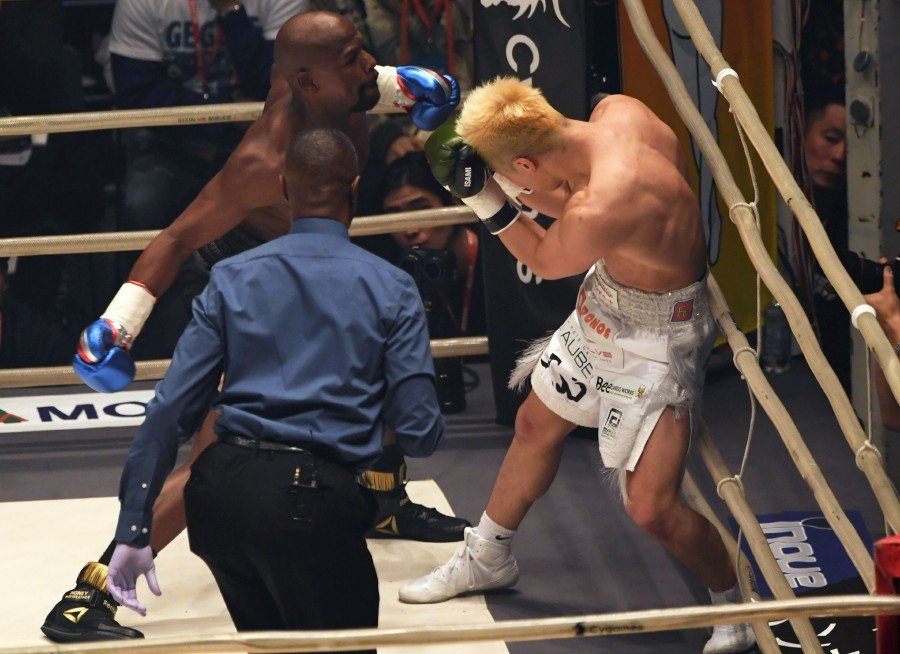 Image result for Floyd Mayweather makes millions after defeating Japanese kickboxer