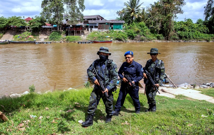 The operation, codenamed 'Ops Munduk', was carried out by the General Operations Force (GOF) with the help of other relevant agencies such as the police and the marines. -- BERNAMA