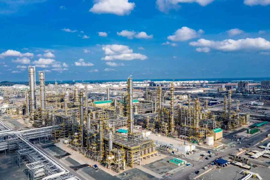 The construction of Pengerang Energy Complex Sdn Bhd (PEC) will kick off by mid-2020, said the Ministry of International Trade and Industry.