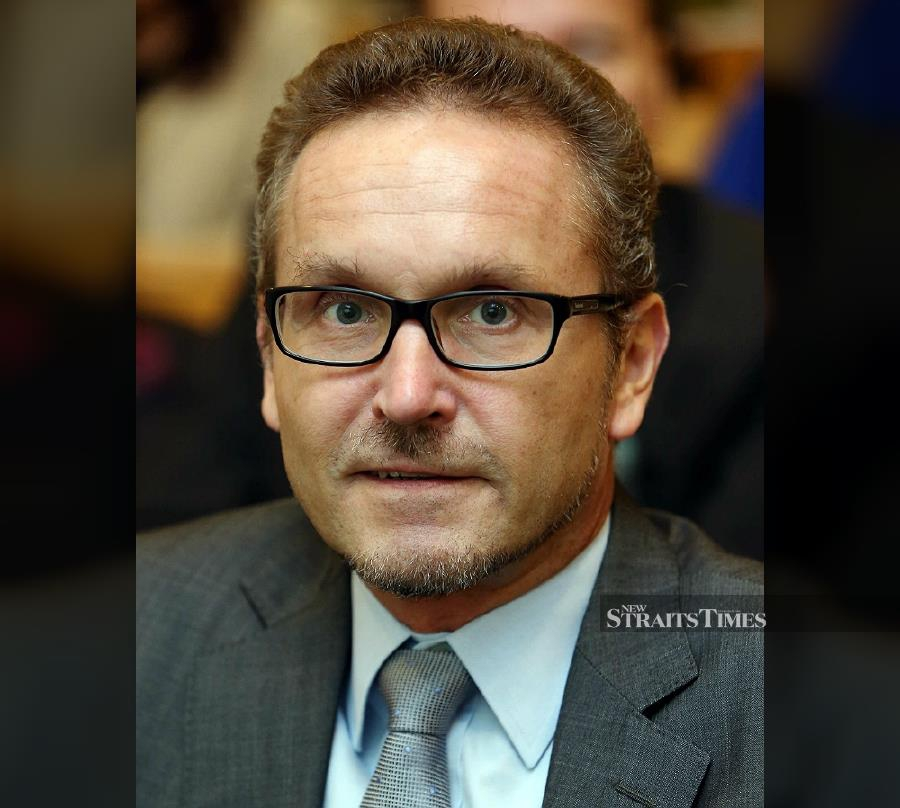 Finland Ambassador to Malaysia Petri Puhakka said although his country's education system is regarded as one of the best in the world, Malaysia must also strive to emulate the structure based on local surroundings and habits. NSTP file pic