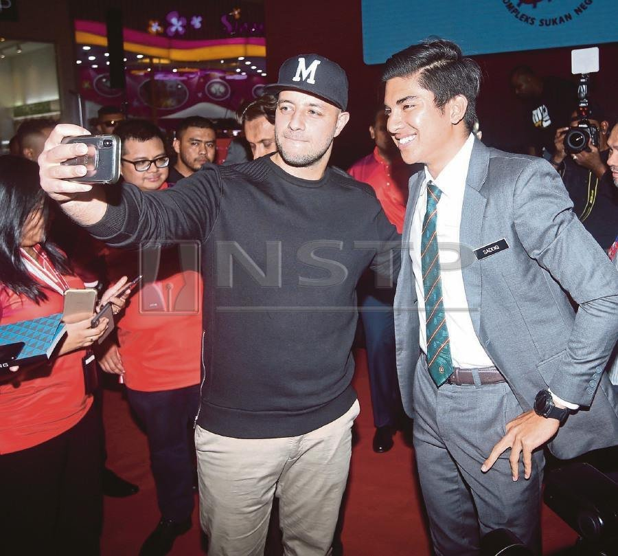 Showbiz: Maher Zain to tour in four states here | New Straits Times