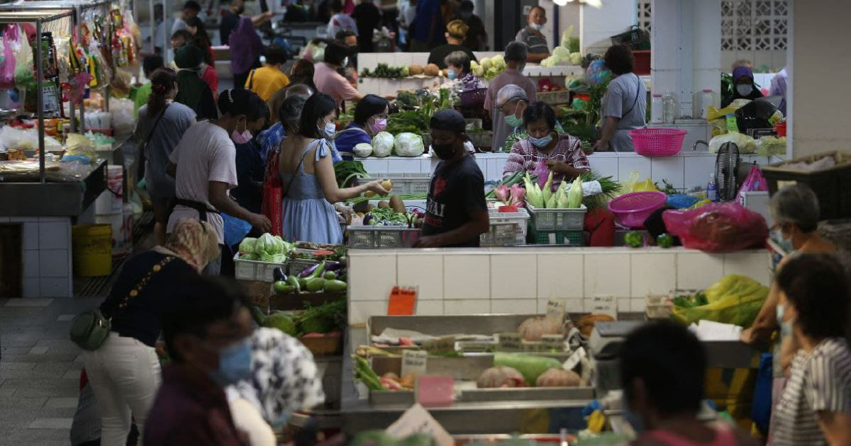 Penangites flock to markets ahead of MCO