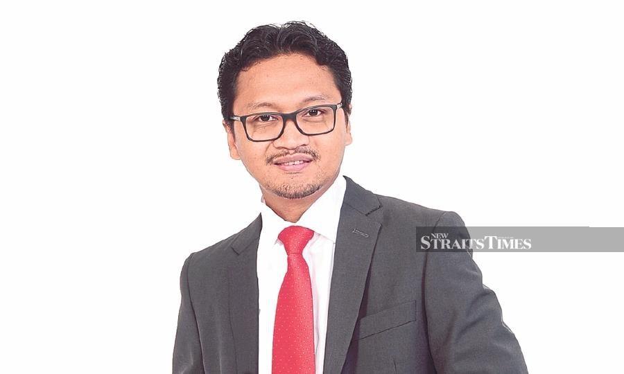 Professor Dr M. Iqbal Saripan
