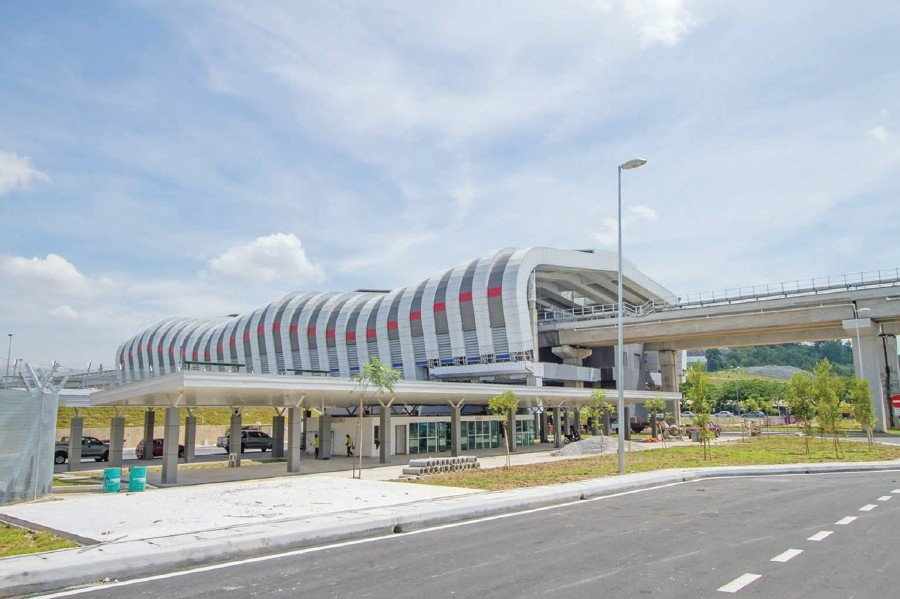 Putra Heights LRT Station. Pic source: mrt.com.my