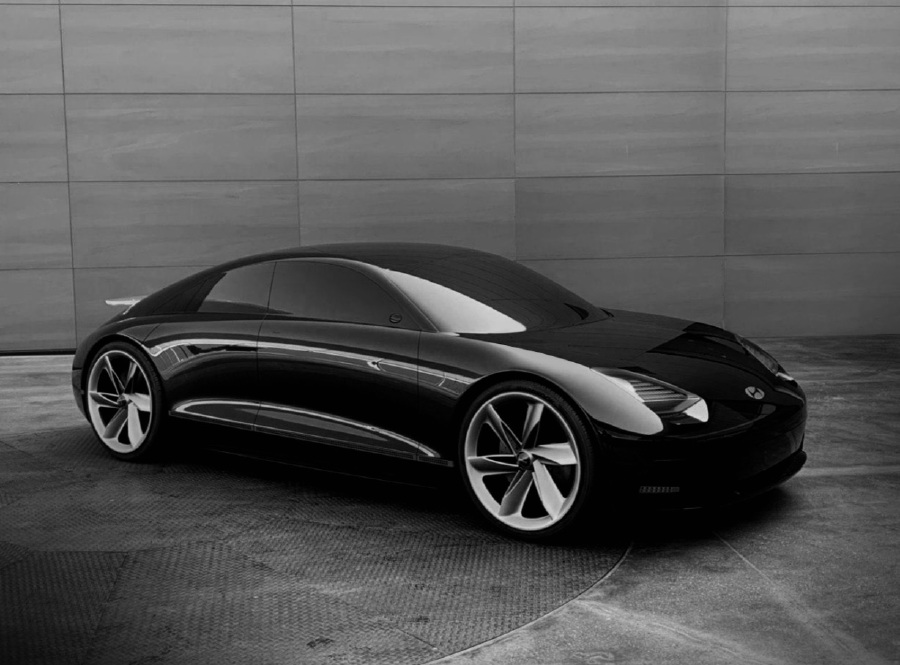 """HYUNDAI MOTOR COMPANY new concept EV, """"Prophecy"""" is all about expressing the company's latest design philosophy, Sensuous Sportiness."""