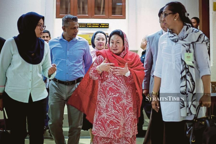 It is Datin Seri Rosmah Mansor who is sitting in the dock accused of corruption but it was former Education Ministry secretary general Tan Sri Madinah Mohamad who was left trying to ward off numerous accusations. -NSTP/ASYRAF HAMZAH