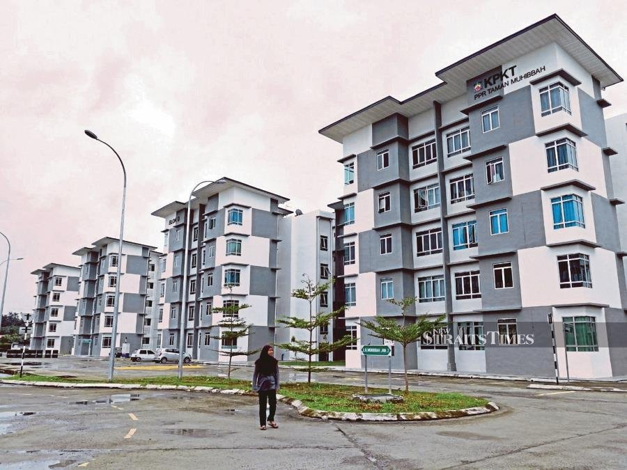 The government has been urged not to delay enforcing new laws on housing and amenities for workers, nor should it brook any excuses on the matter from employers. - NSTP file pic