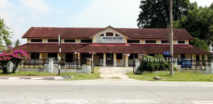 Sitiawan's library, where the writer spent countless hours delving into Mills and Boon novels.