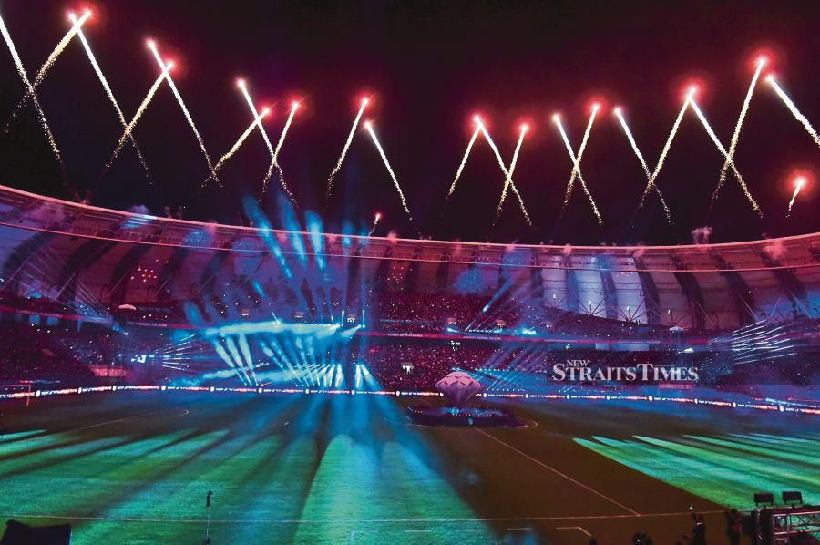 The launching of the stadium, which began construction in 2016 and was fully completed this year at a cost of RM200 million, was performed by the Sultan of Johor Sultan Ibrahim Sultan Iskandar. BERNAMA