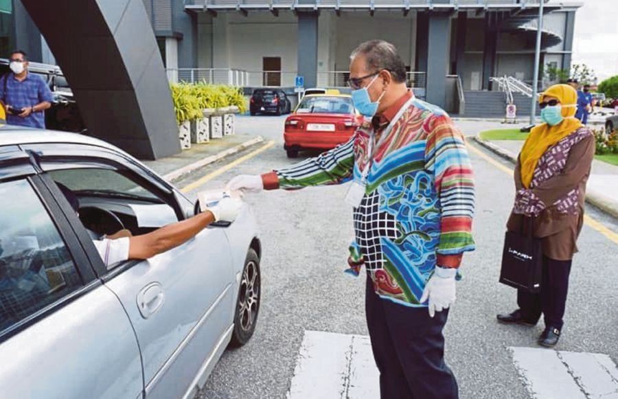 The recent change in Federal government did not affect the Pahang government which is under the leadership of Menteri Besar Datuk Seri Wan Rosdy Wan Ismail. -Pic Courtesy of MPK