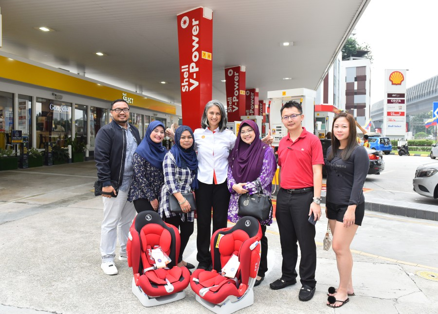 From Feb 17 to April 12, Shell - through its latest campaign - aims to deliver 138 child car seats to customers as part of its initiative to support the mandatory use of the devices in Malaysia.