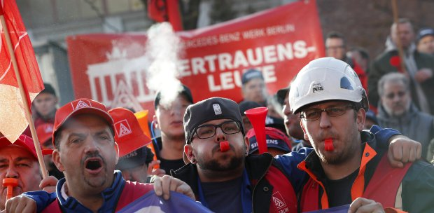 Siemens layoff plan promises showdown with unions | New Straits
