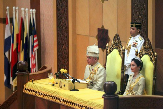 Sultan of Perak Sultan Nazrin Muizziddin Shah (left) with the Raja Permaisuri of Perak, Tuanku Zara Salim (right) officiates the opening of the first sitting of the fourth session of the 13th State Assembly in Ipoh.