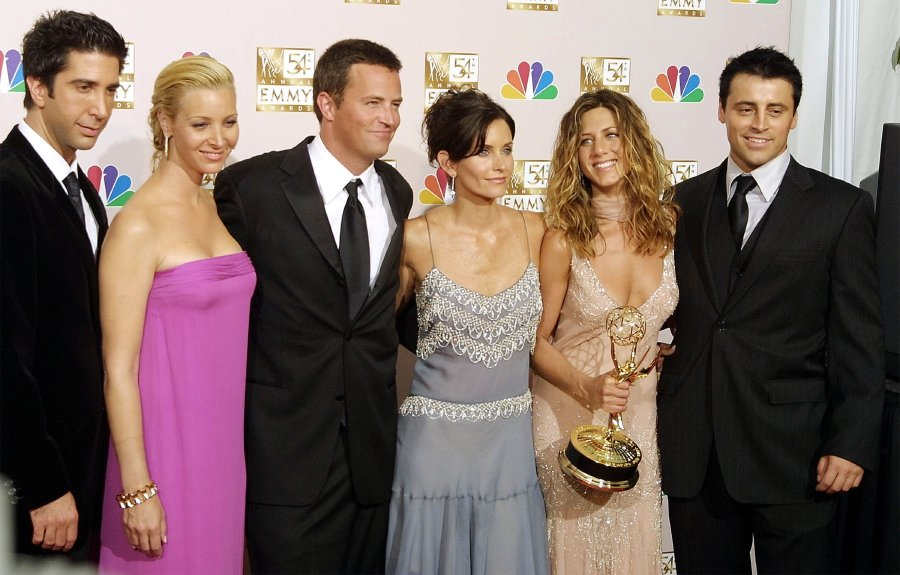 'Friends' Is Officially Coming Back for a Reunion Special It's officially happening