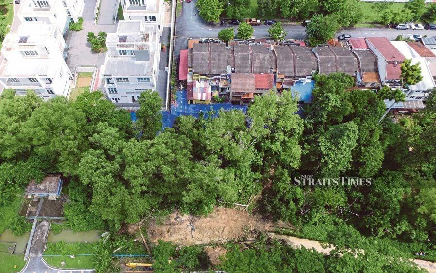 Tinjauan susulan tanah runtuh di taman kelab ukay pp 1590940278