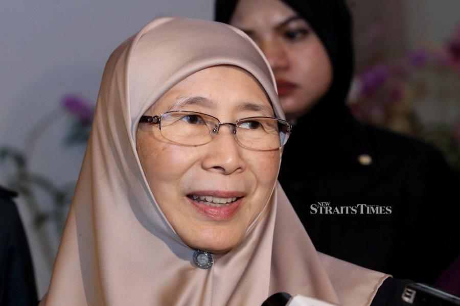 (NSTP File Pix) Deputy Prime Minister Datuk Seri Dr. Wan Azizah Wan Ismail.