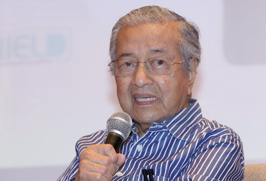 Former PM comes out of retirement to stand in Malaysian election