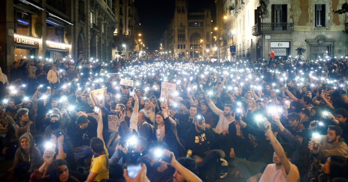 Catalan separatists adopting tactics of Hong Kong protesters