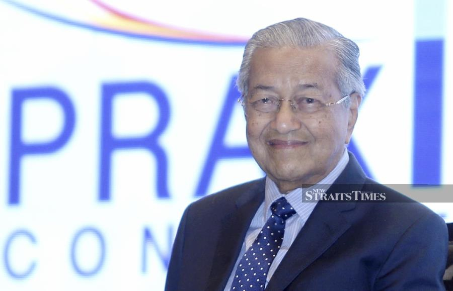 The Malaysian Consultative Council of Islamic Organisation (Mapim) has urged Prime Minister Tun Dr Mahathir Mohamad to not relent to India over his recent remarks on the Jammu Kashmir conflict, made at the United Nations' General Assembly in New York. - NSTP/MOHAMAD SHAHRIL BADRI SAALI
