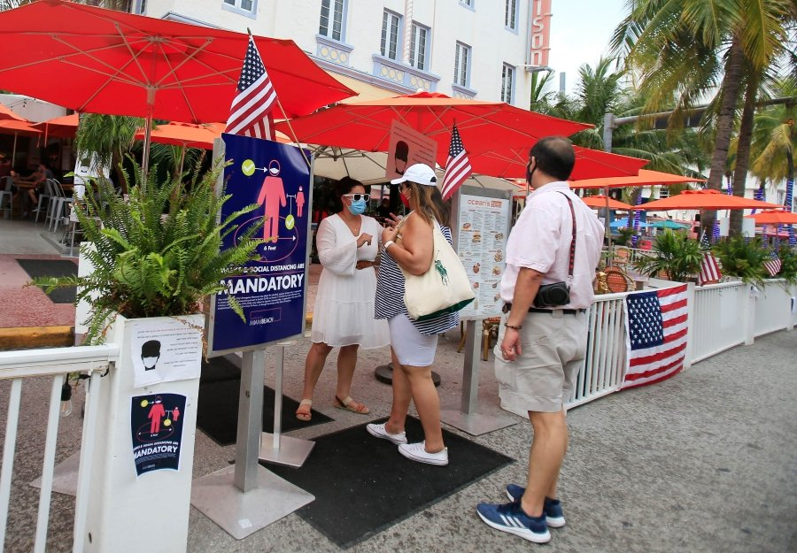 Us fourth of july weekend in florida sees some beaches 0507 1593914171