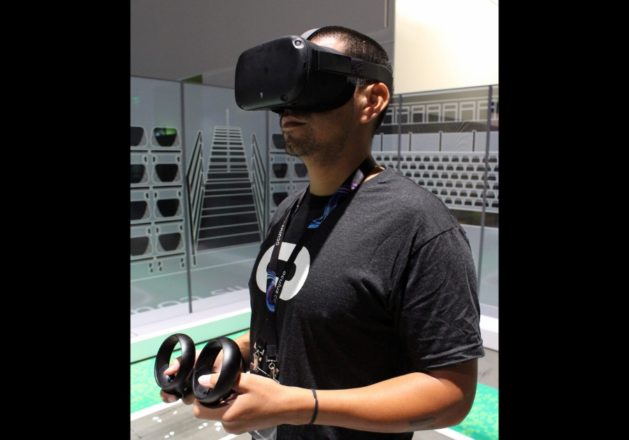 aa1c8b635b0f Facebook unveils upgraded wireless Oculus headset in VR push
