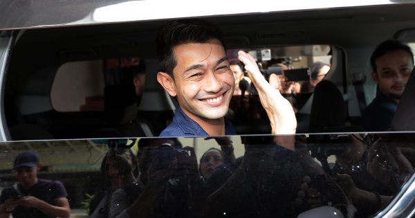 It's life as usual for Farid Kamil