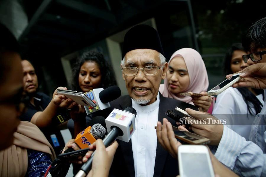 Penang Mufti Datuk Wan Salim Wan Mohd Noor says if the zakat income exceeds the needs of the Muslim community, then there is no problem with it being distributed to non-Muslims in need. - NSTP/File pic