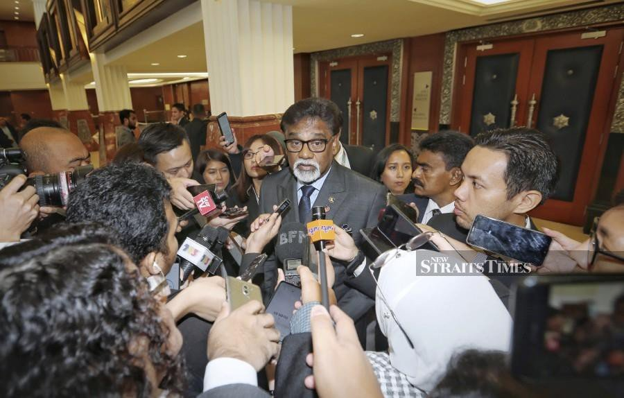 Water, Land and Natural Resources Minister Dr A. Xavier Jayakumar speaks to reporters at the Parliament lobby. -NSTP/Aswadi Alias.