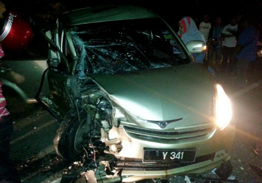 Family of five cheat death in Raub accident | New Straits