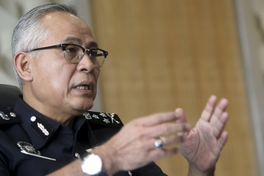 Bukit Aman CCID director Datuk Acryl Sani Abdullah Sani said the syndicate had offered high returns to lure victims into the scam. NSTP pix