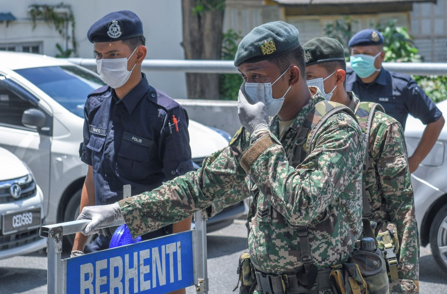 Non-Pensionable Malaysian Armed Forces Veterans Association (PVATTBM) is ready to help the nation fight the Covid-19 coronavirus pandemic. - BERNAMA pic.