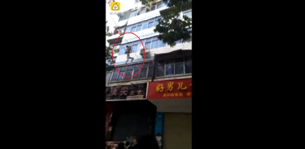 Video: Watch the moment a child was rescued alive from the